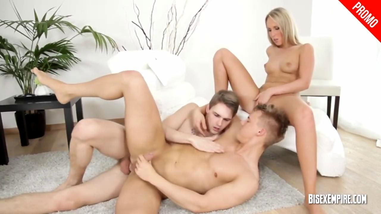 unconditional mmf threesomebisexempire on gotporn (6548497)