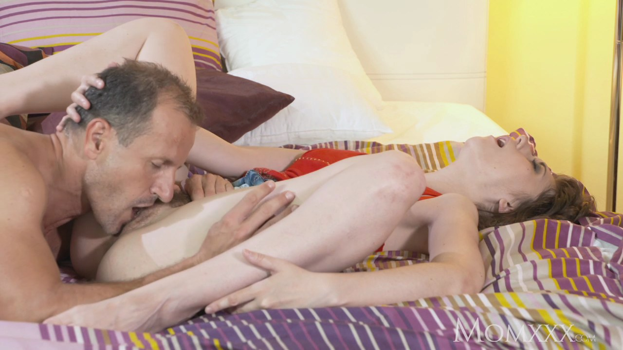 Free older woman who love pussy photos