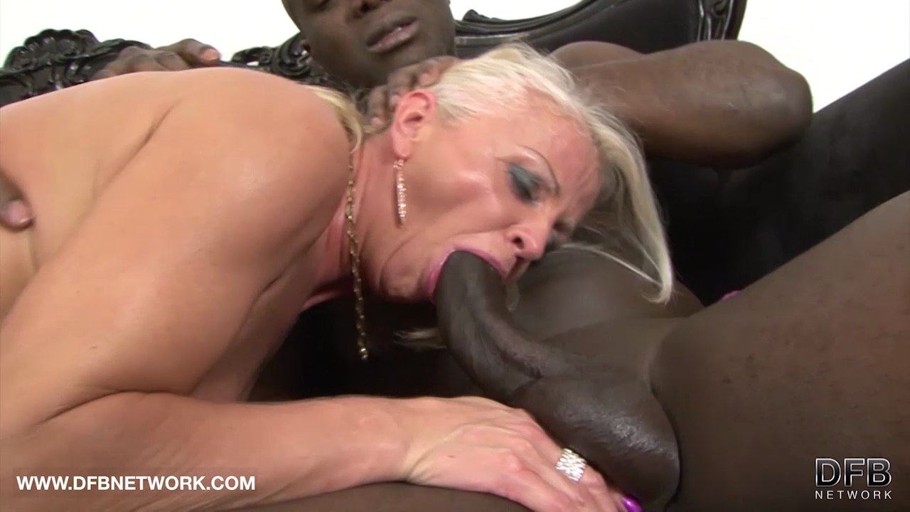 Mature interracial porn