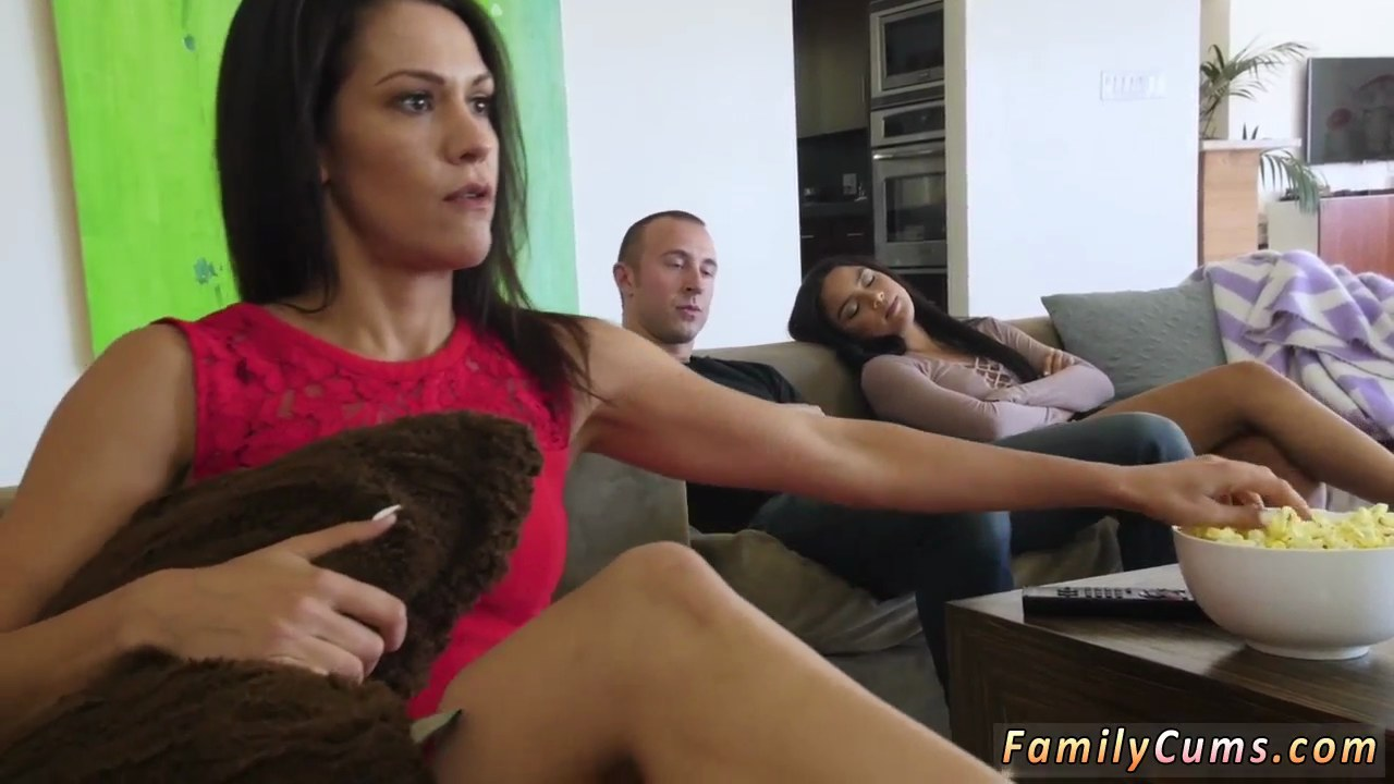 Glasses and thong attired female seduces her guy in bed and gives him a BJ № 814142 загрузить