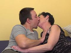 Horny mature lady gets cum in her mouth