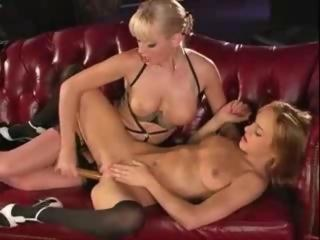 Cytheria squirting videos