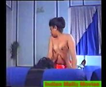 Classic Indian mallu actress Shaeedha enjoyed on bed nude
