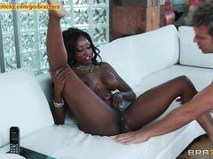 Diamond Jackson gets her pussy licked
