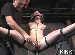 A spreader bar bdsm 35