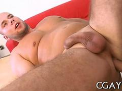 Chunky dude has a nice ass stuffing session before a blow