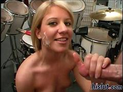 Lexy gives a handjob and it kinda pops