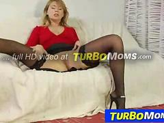 Russian cougar Alina takes it from behind