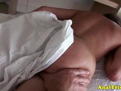 Anal loving babe warmed up with massage
