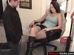 Milfy fucked in boots