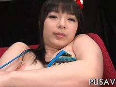 Curvy Japanese chick making her pussy squirt with a vibrating toy
