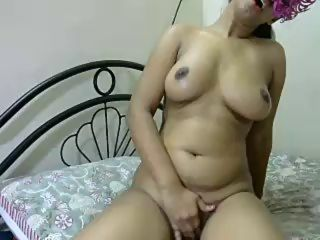 Sexy Indian bhabi shows boobs and pussy to boyfriend