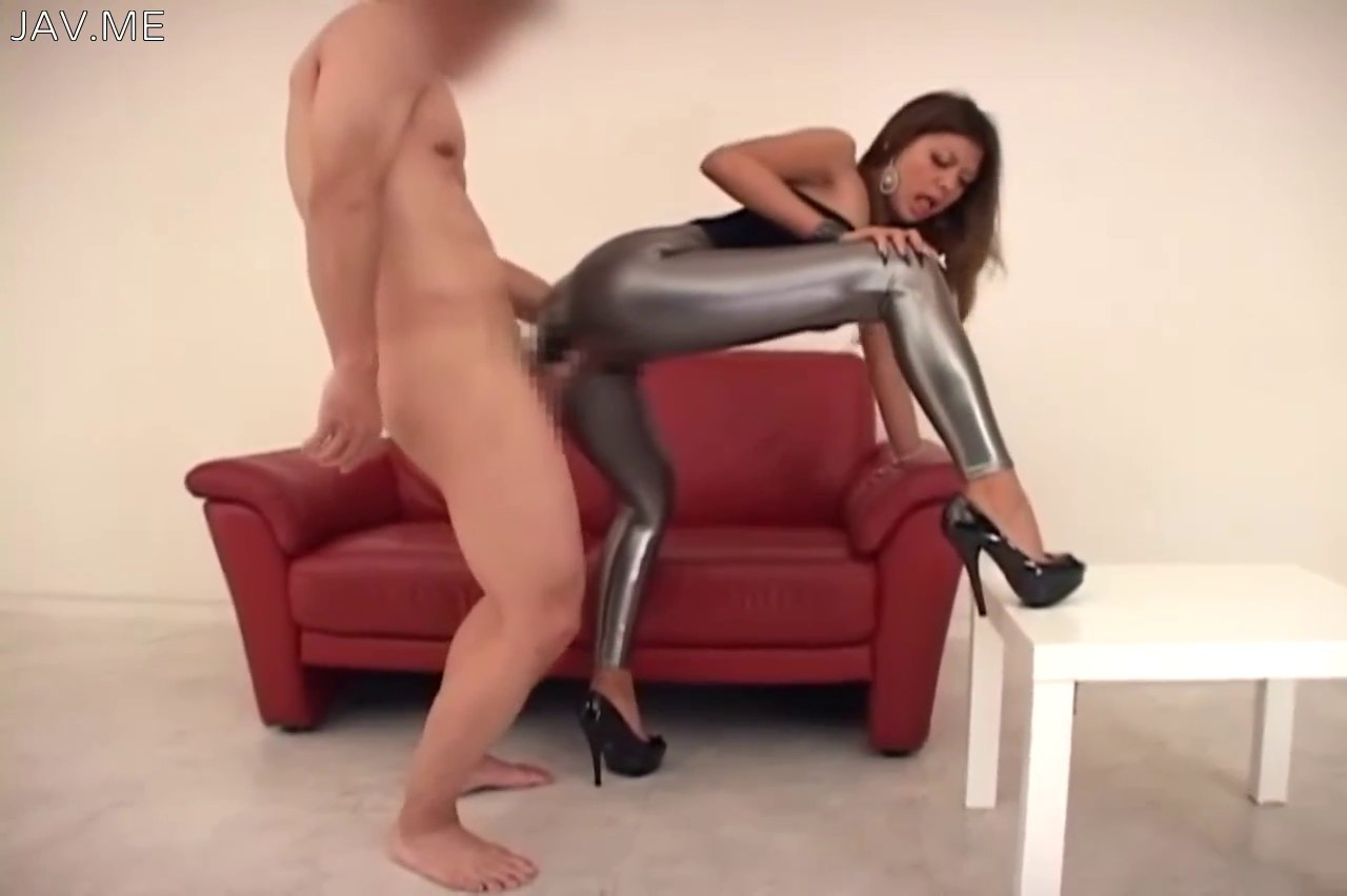 babes in leggings porn
