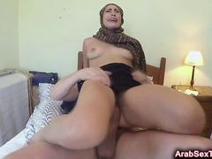 Arab slut reverse cowgirl amateur fucks riding