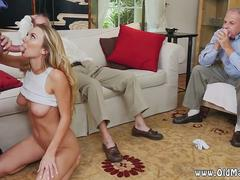 Tricked blindfold blowjob Molly Earns Her Keep
