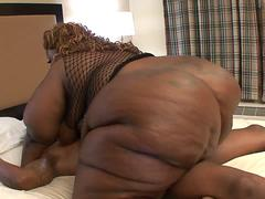 Blonde black BBW slut loves cum on her face