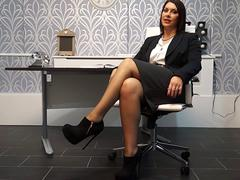 Fat ass mature rubbing her pussy in the office