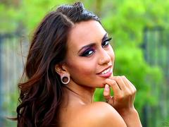 Carmen Callaway and Janice Griffith anal play