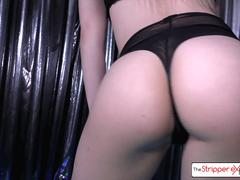 The very sexy 18 year old Goldie Rush get fucked by a huge cock