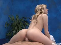 Massage Girls 18 Kelly Klass