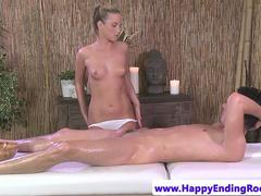 Masseuse babe cockriding her customer