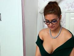 Pink Pussy Natural Coed Rubs Pussy Part 1 HD