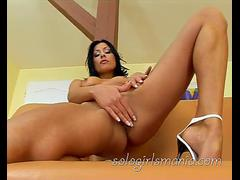 SOLOGIRLSMANIA beautiful Anita Keys big dildo in tiny pussy