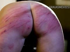 Slave almost wet herself because of hard whipping