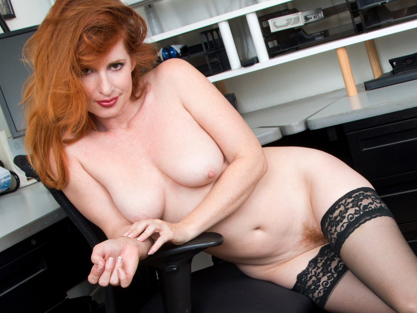 Amber Dawn Nude redhead boss in the office - amber dawn on gotporn (6543655)