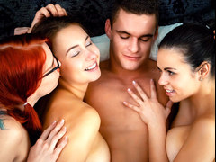 Hot foursome with Eurobabes